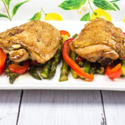 Keto Garlic Chicken with Asparagus