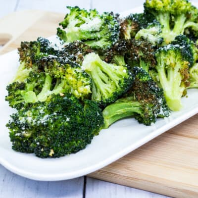 Easy Keto Broccoli w/ Garlic & Parmesan (Air Fryer)