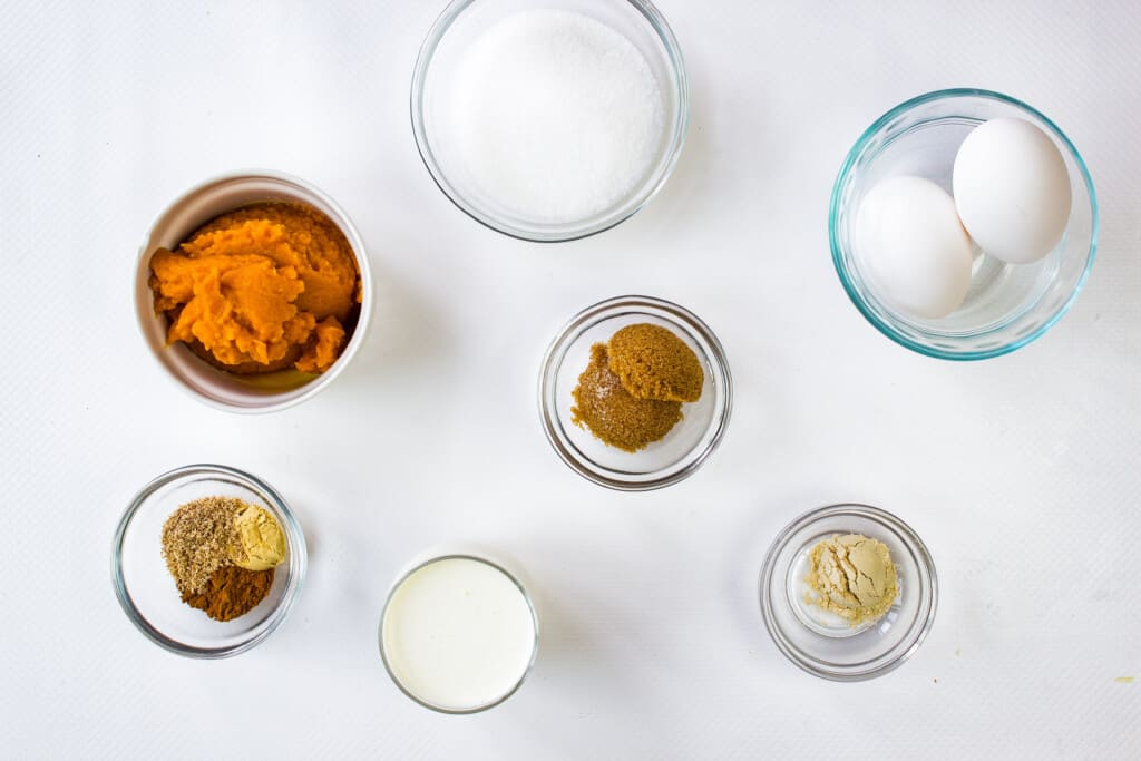 ingredients to make easy pumpkin pie recipe