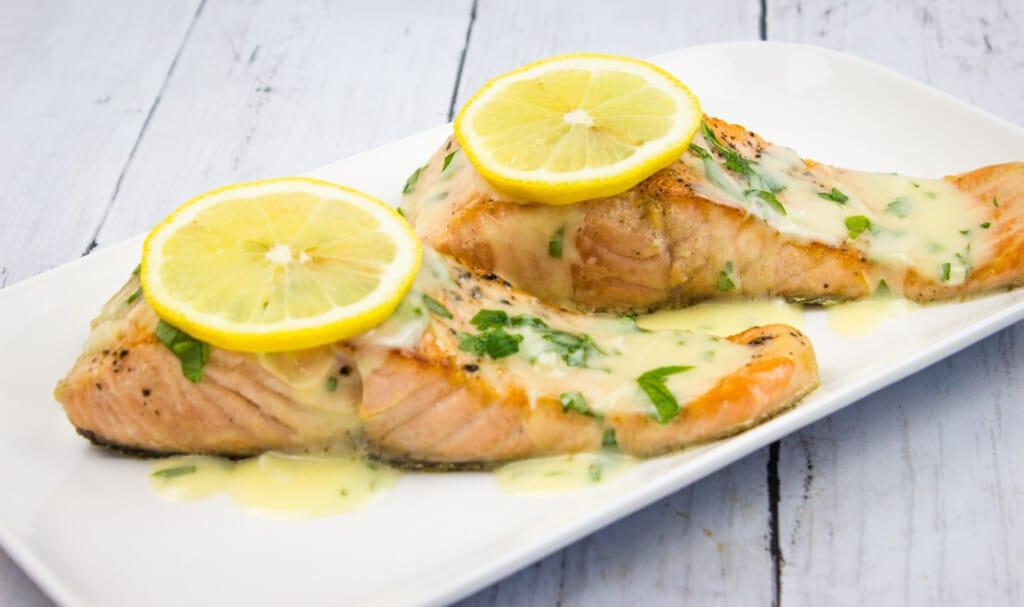keto salmon with lemon herb butter sauce