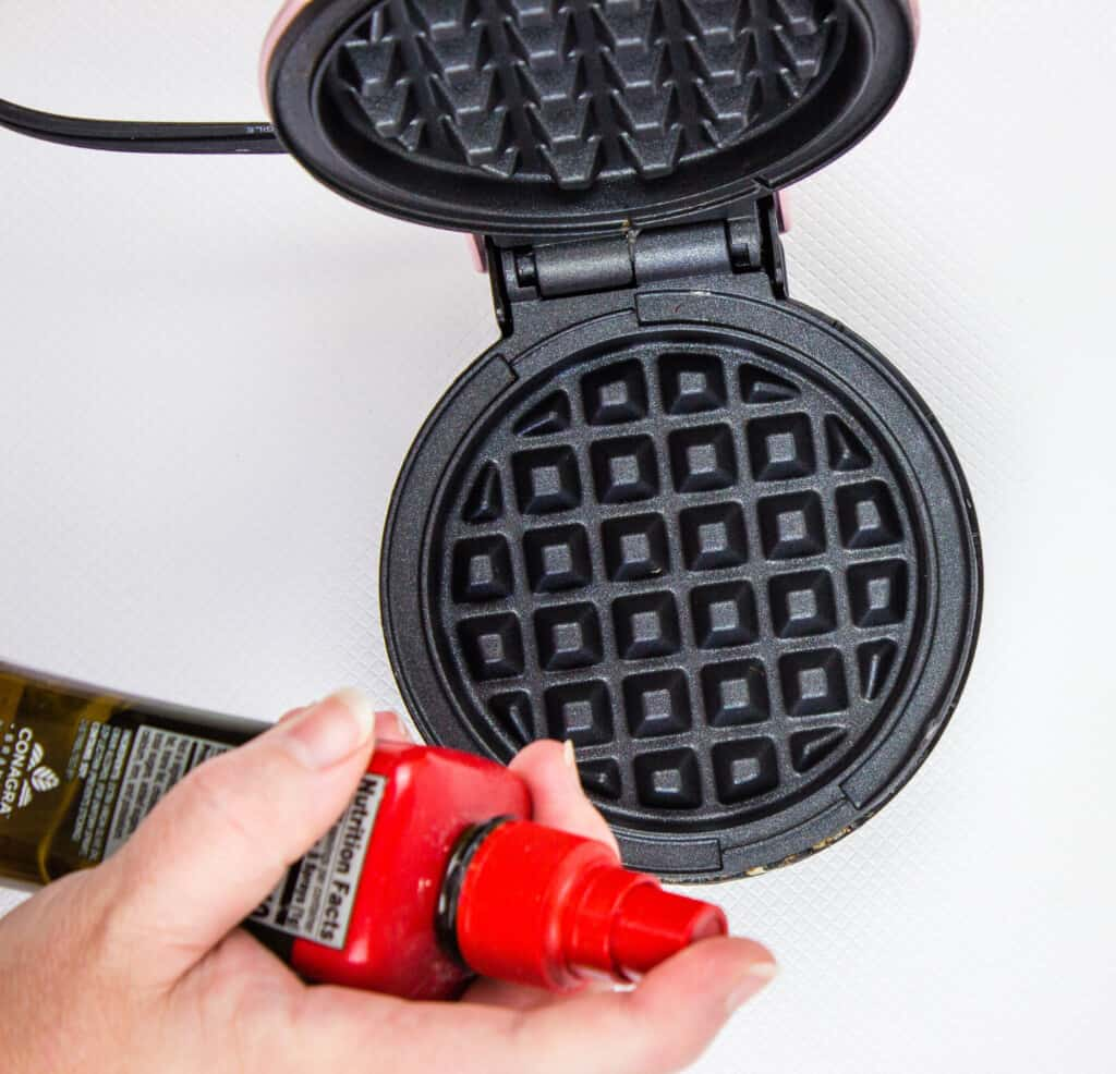 spray the chaffle maker with a bit of cooking oil