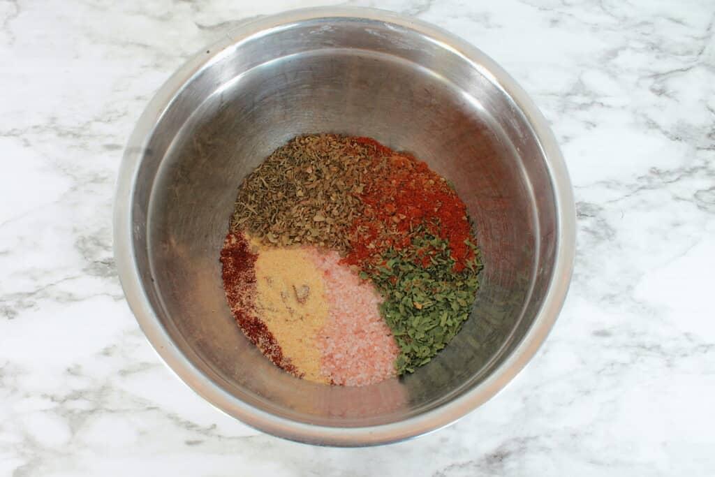 mix dry rub ingredients
