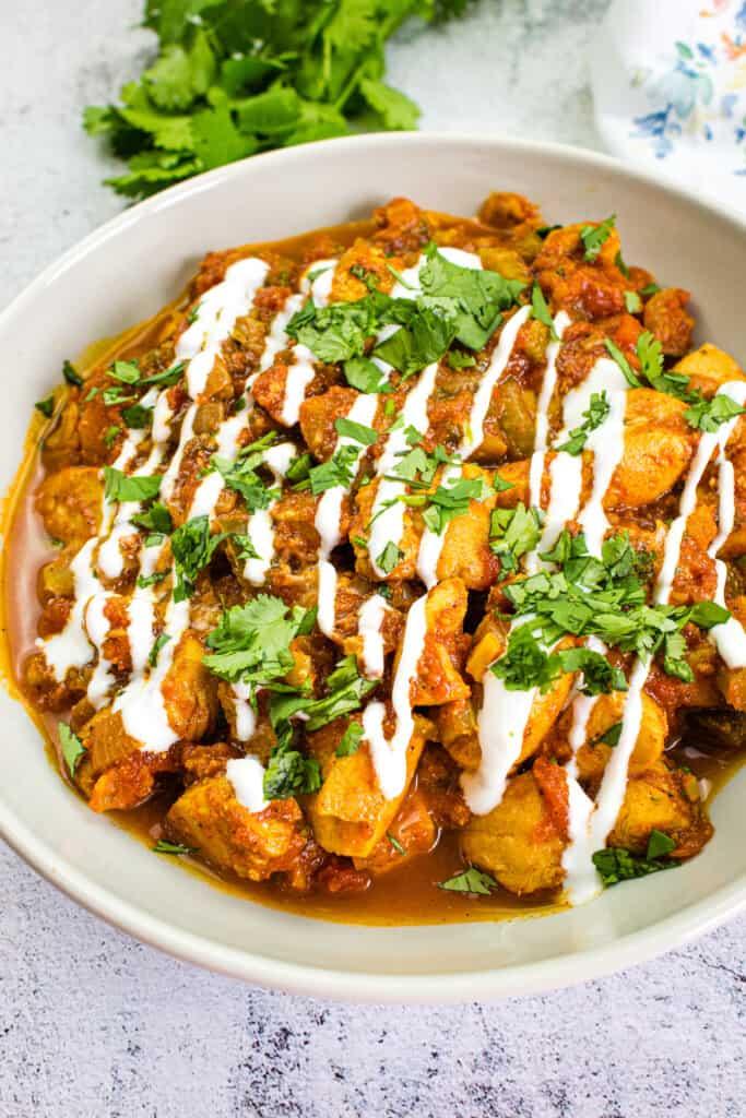 keto chicken chili in a serving bowl