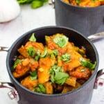 keto chicken chili in black pots