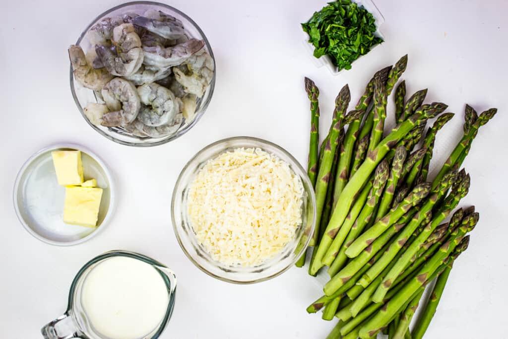 ingredients to make keto shrimp alfredo with asparagus