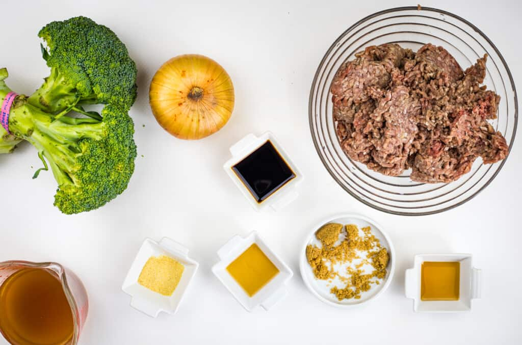 ingredients to make keto ground beef and broccoli
