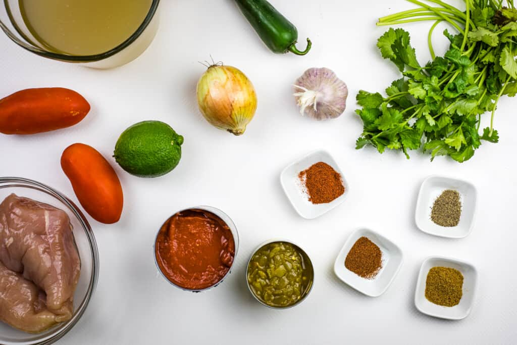 ingredients to make keto chicken tortilla soup