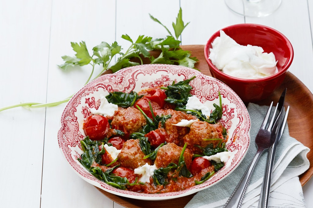 Italian Meatballs With Mozzarella Cheese