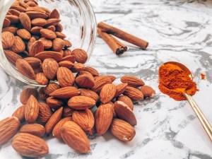 Turmeric Almond Mylk