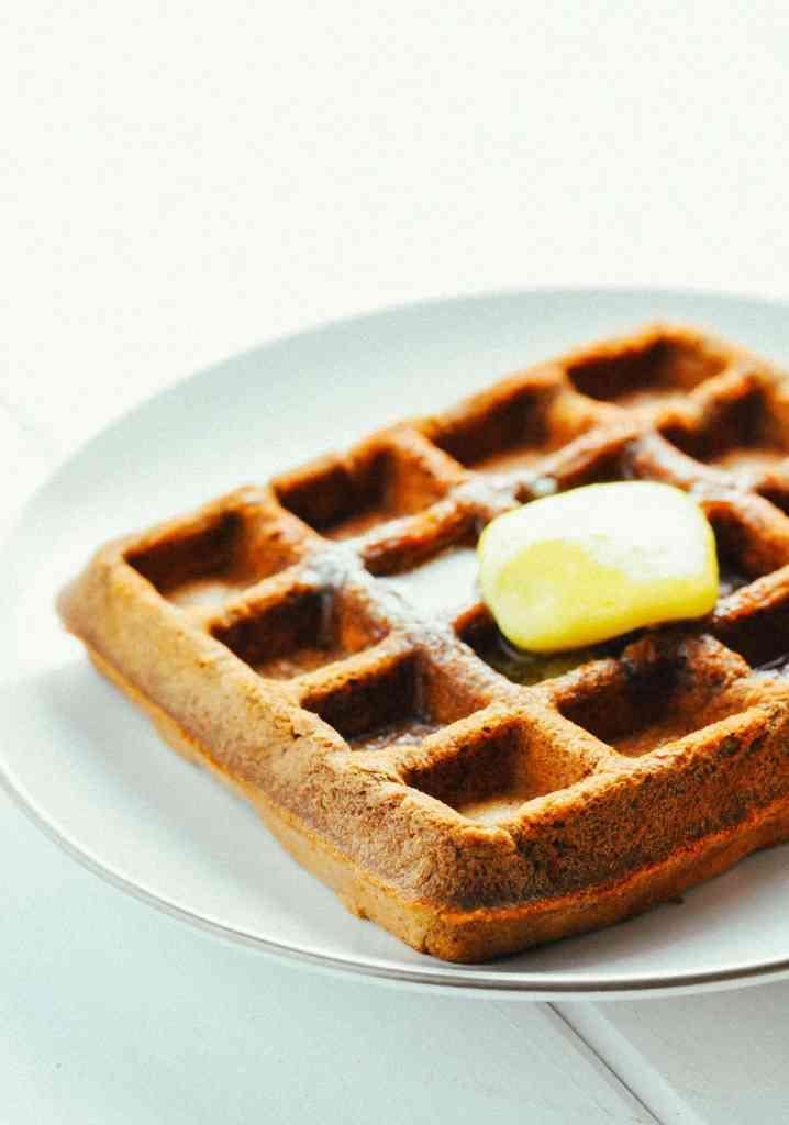 Chocolate Protein Waffles [Recipe] | KETOGASM #keto #ketogenic #recipes #protein #powder #low carb #breakfast #waffle #chocolate #atkins #healthy