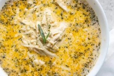Creamy Garlic Chicken Soup [Recipe]