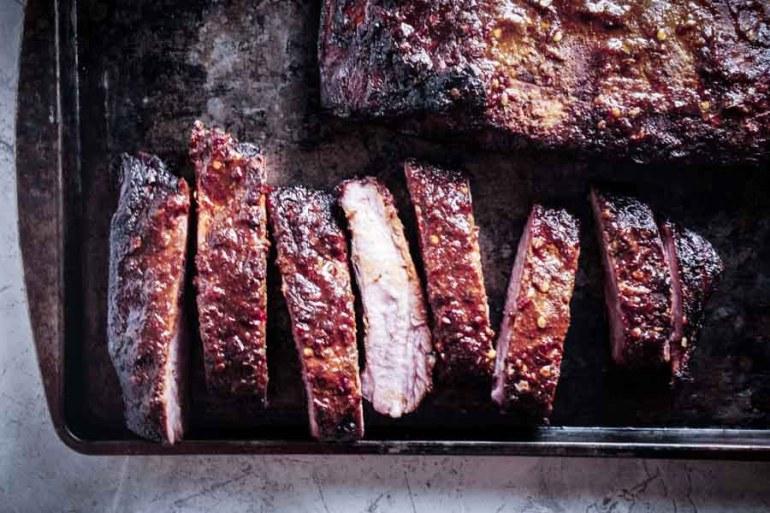 Smoked Pork Spare Ribs Recipe with Garlic Chili Sauce
