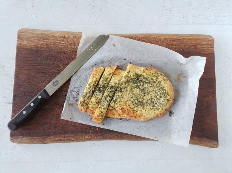 low carb keto garlic bread