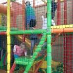 Papírszínház és játszóketrec – gyereknap volt az oviban