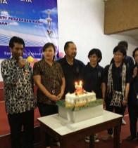 Ketua Komisium Pohon Suka Cita Yogyakarta Sdr. Felix Murwantono, Sekretaris Regia, Rm Handoko MSC dan para perwira komisium.