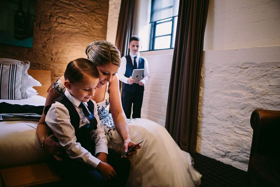 bride and pageboy