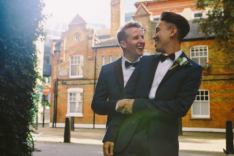 Urban image of happy couple enjoying a laugh