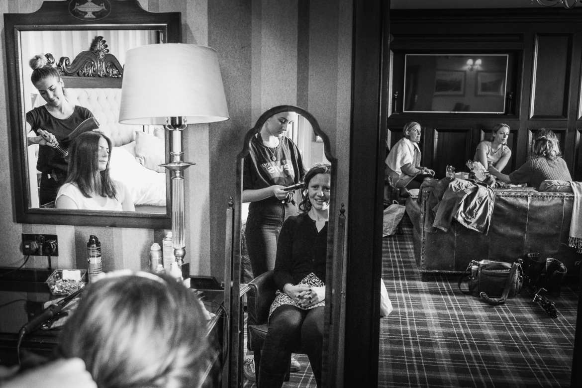 Bridal prep at the Vermont hotel Newcastle