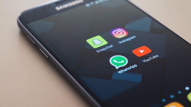 Automação whatsapp - zapfácil - celular whats