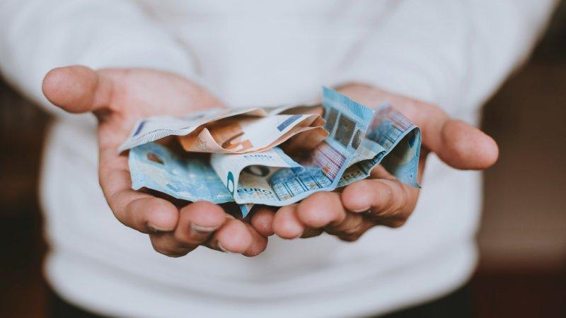 Ganhar dinheiro com artigos patrocinados, guest post e backlinks