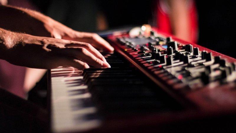 Quanto custa um piano e sua manutenção? Lista de preços 2