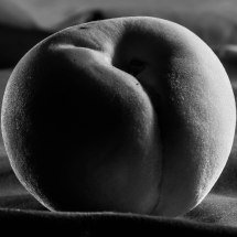 Shot 16, The Giant Peach - 1,6 sec, ISO 200, 50mm at F/4,0