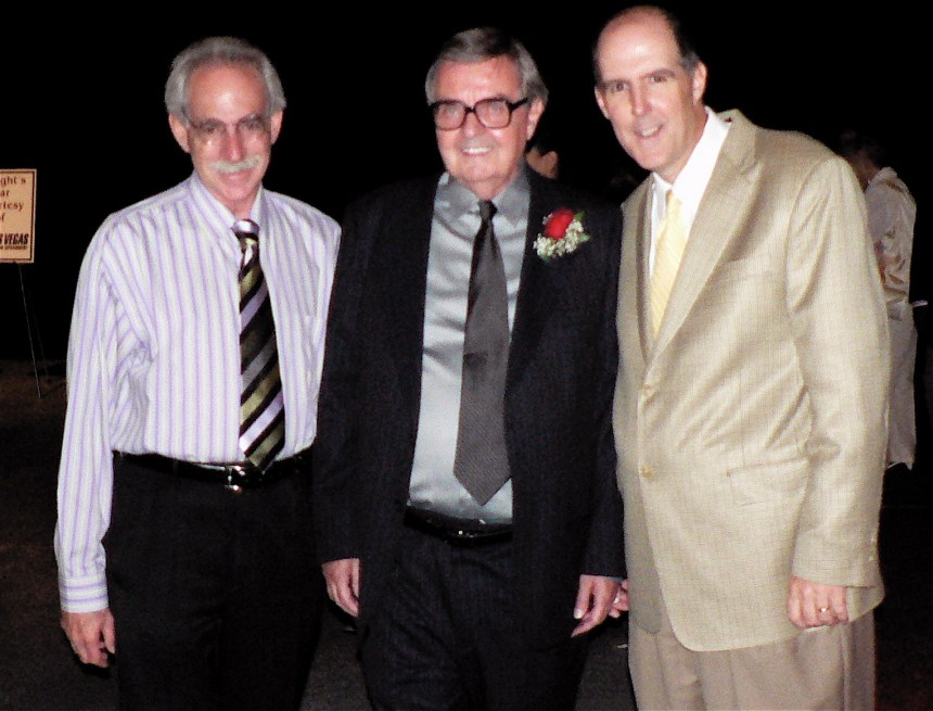 With 2 Hall of Famers.JPG