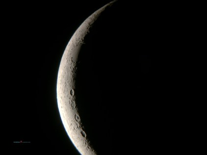 As the new moon rises out from the with the waxing gibbous making way for the Full Moon on the 6th October..