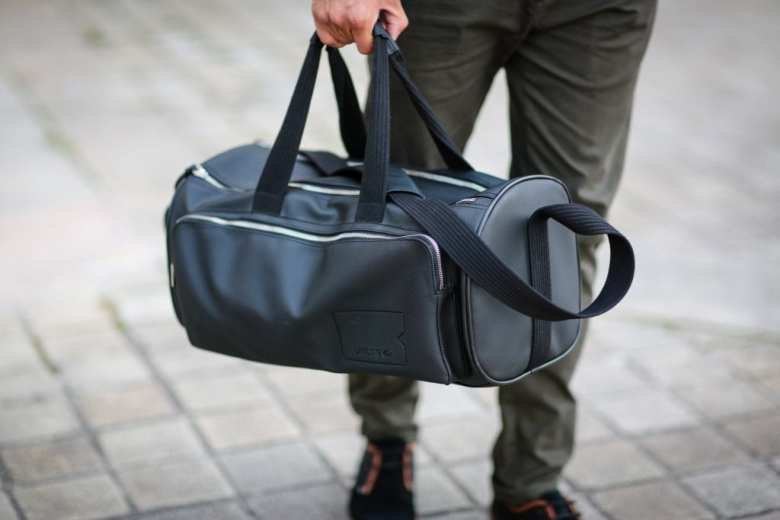 Sac Lacoste homme