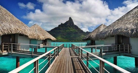 L'hôtel bungalow Le Méridien À Bora Bora