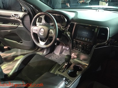 2017-Jeep-Grand-Cherokee-Trailhawk_NYIAS-Reveal_00063