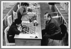 A photo of a young Kasparov in a clock simul with Korchnoi (cerca 1977). On his FACEBOOK Kasparov writes very eloquently of Korchnoi's death: https://www.facebook.com/GKKasparov/posts/10154300177503307:0