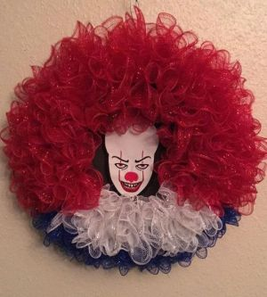 pennywise wreath IT Clown