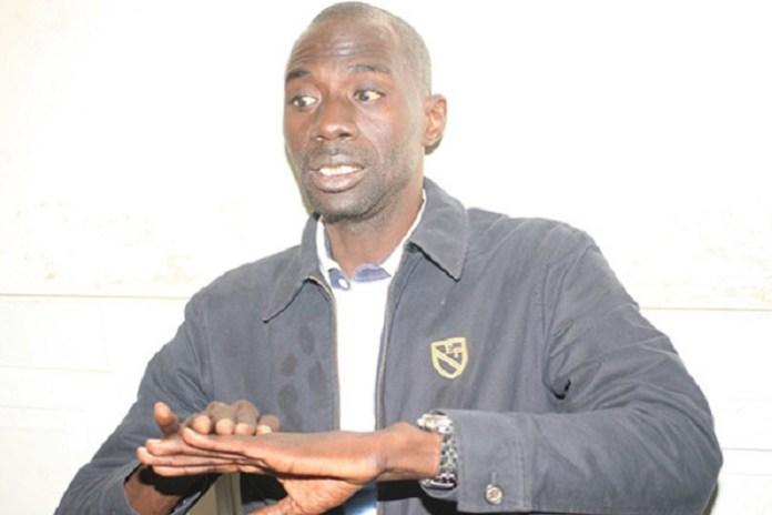 Oumar Faye de Leral Askanwi devant la Dic