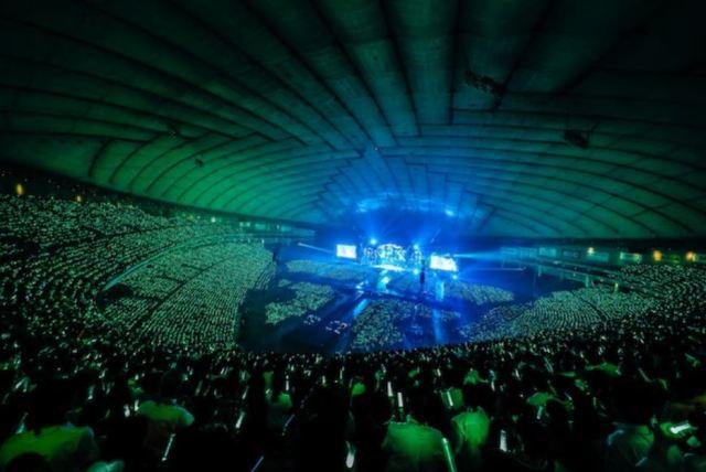欅坂46の最新ペンライトカラーはこれだ!