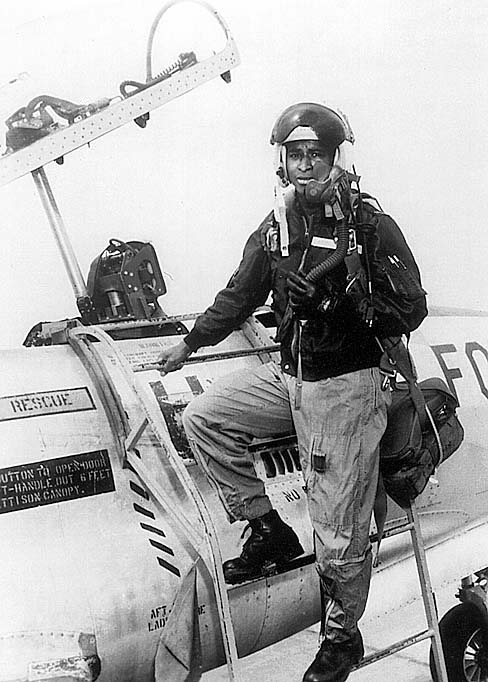 robert_henry_lawrence_in_air_force