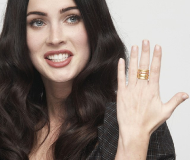 Megan Foxs Freaky Thumbs And Nine Other Celebrities With Secret Physical Flaws