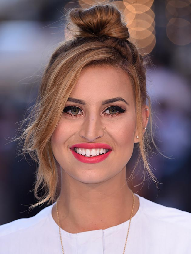 Ferne McCann Denies Dating Ex On The Beachs Rogan OConnor