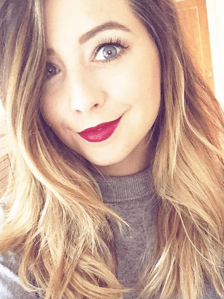 Zoella Gets Completely Naked On Camera