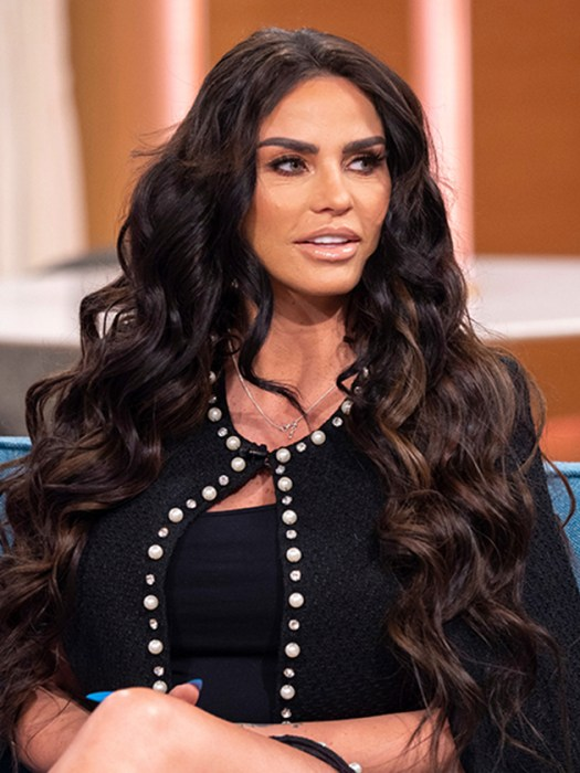 Katie Price moves into Kris Boyson home but family is ...