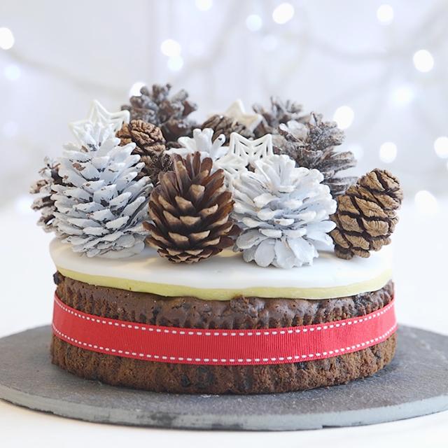 Christmas Ornament Cake Ideas The Cake Boutique