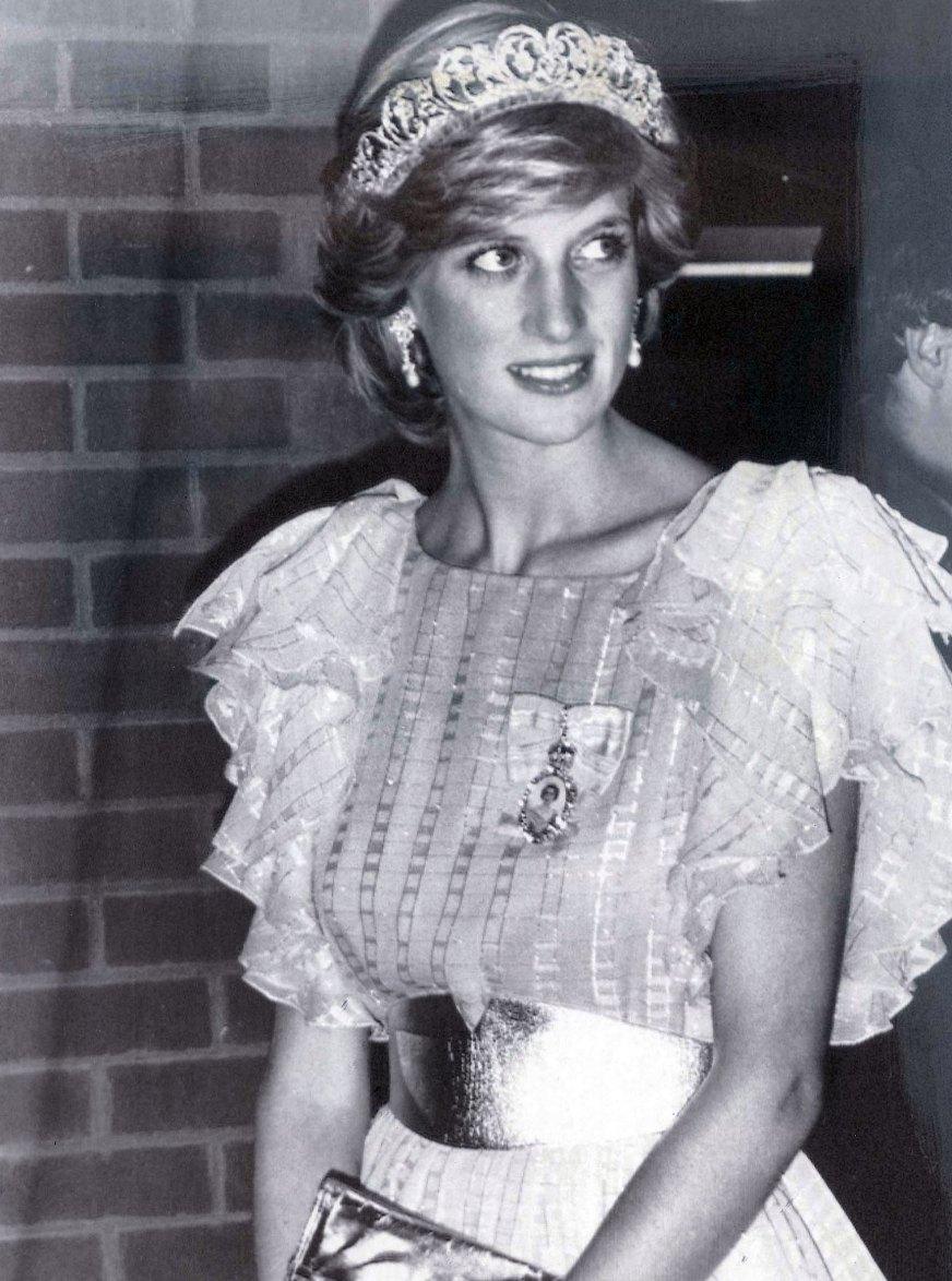 10 Most Memorable Princess Diana Moments