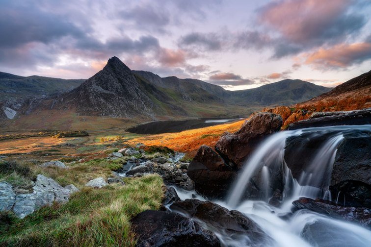 Perfect location Tryfan and Ogwen Valley