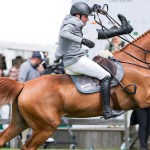 Top Rider Forced To Jump Ship After Horse S Bit Breaks Horse Hound