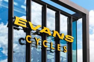 Best Evans Cycles deals