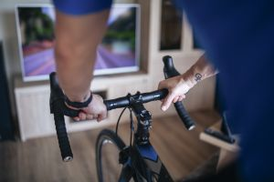 Wheel-on vs direct drive turbo trainers: which is best for you?