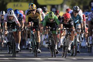 Tour de France 2020: Peter Sagan relegated after shoving Wout van Aert in sprint