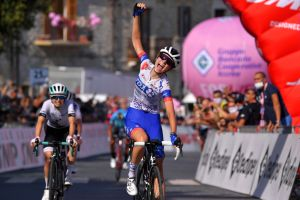 Giro Rosa 2020: Muzik takes the final stage while Van der Breggen secures third maglia rosa