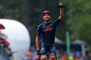 <div>Filippo Ganna puts in formidable ride to win Giro d'Italia 2020 stage five</div>