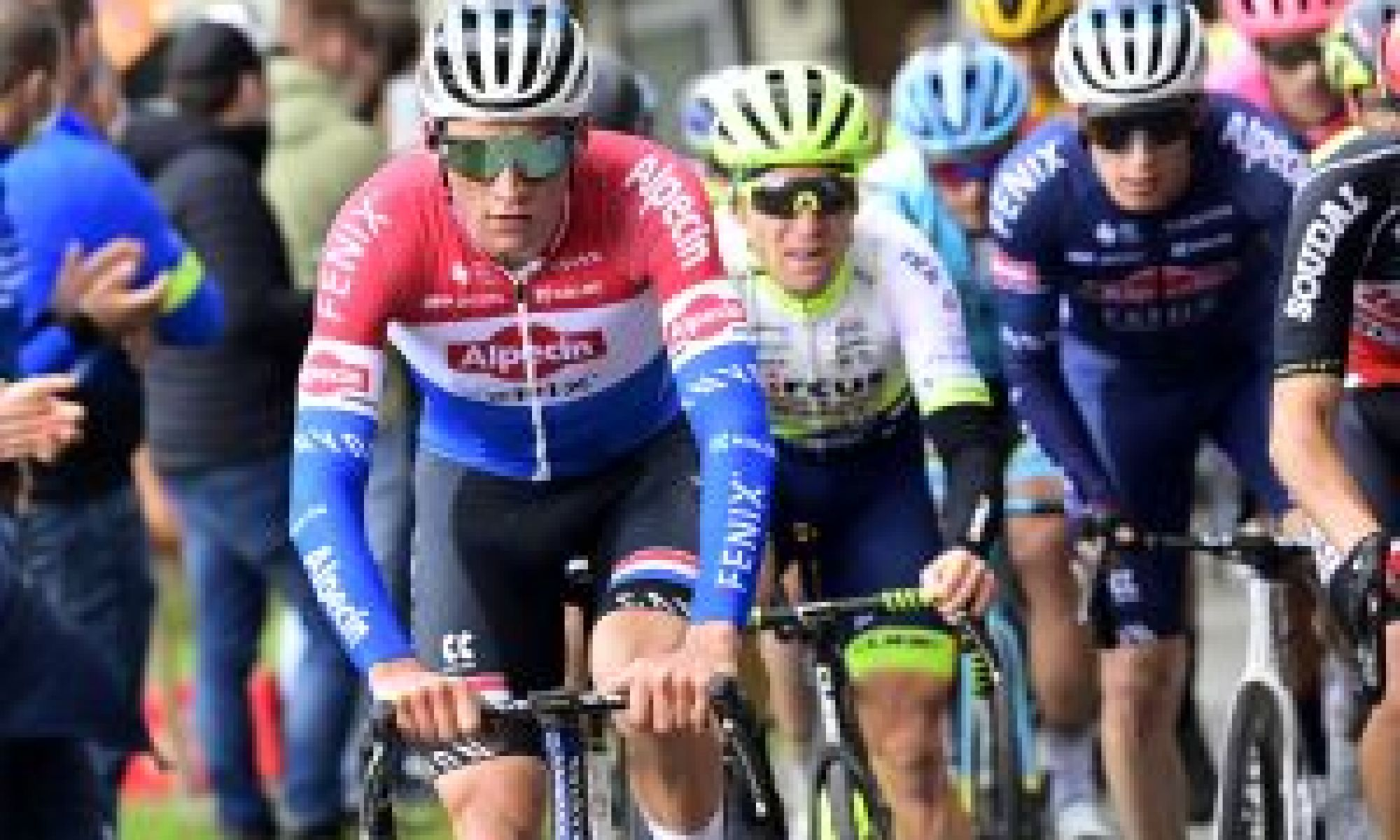 <div>Mathieu van der Poel ahead of cobbled Classics: 'I'll try and do my best everywhere and hopefully win'</div>